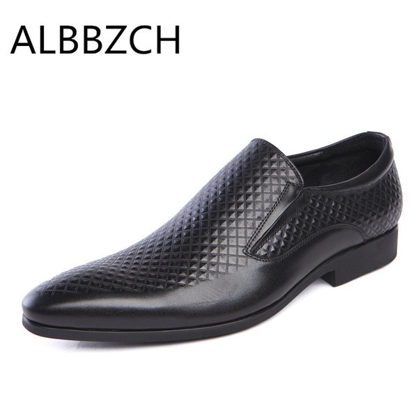 New men shoes pointed toe slip on embossed leather mens dress shoes formal suit wedding men quality busines work 44