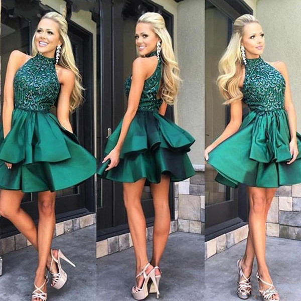 2019 Custom Made Emerald Green Short Prom Dresses High Neck lace Beaded Satin Mini Homecoming Dresses Charming Cocktail Party Dress