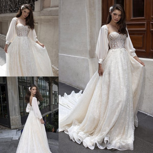 Discount Delicate Tulle Lace Wedding Dresses Autumn Sweetheart Neck Open Back Appliqued Bridal Gowns Shiny Long Sleeve Wedding Dress Bridal Shower
