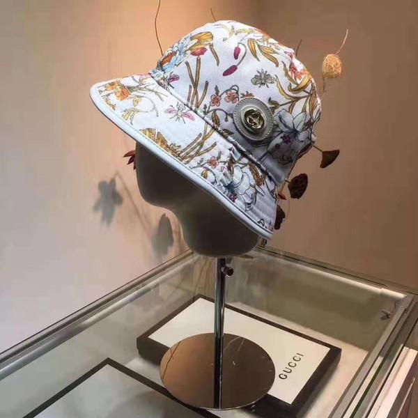 Four Seasons New Beach Chapeaux Designer Womens Caps De Luxe Chapeau à Bord Ironable avec Imprimé Respirant Marque Équipé 3 Couleurs En Option de Haute Qualité