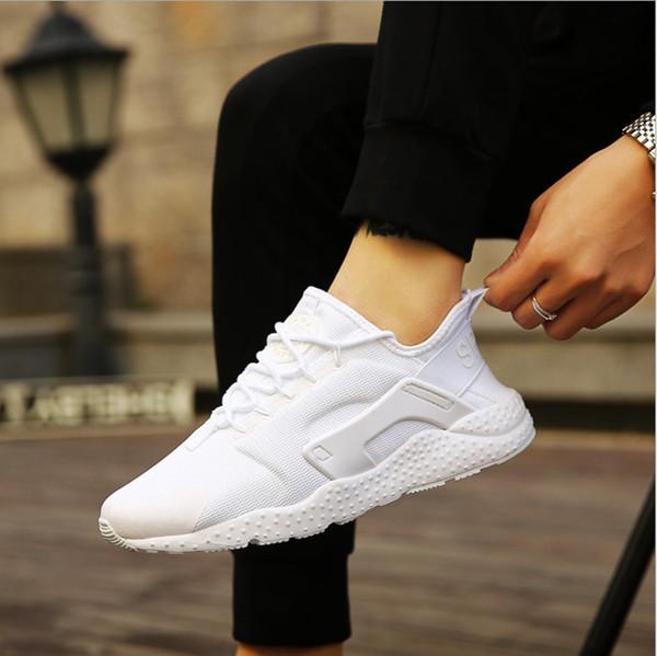Beyaz siyah kadınlar rahat ayakkabılar Lüks Tasarımcı örgü Sneakers Lady Nefes hava huarachesd erkek Eğitmenler Ultra Artırır çift Ayakkabı Sepet