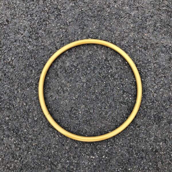 tubo redondo de oro
