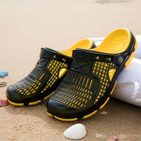 NEW FASHION Slippers Designer Brand Sandals Designer flip flop Luxury Slide Summer Fashion Wide Flat Slippery beach Slipper Flip Flops