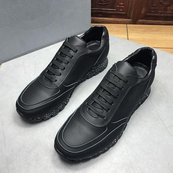 Hommes Casual chaussures de luxe en cuir blanc en cuir Sneakers respirant plat Casual chaussures Lady Noir Rose Or femmes baskets blanches xg18091601