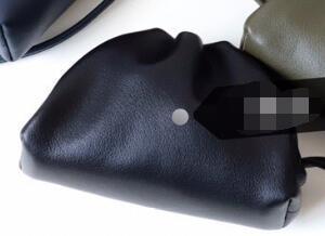 Mini Black-13 centímetros