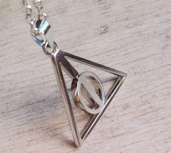 Harry Style Jewelry Acero inoxidable Reliquias de la muerte Colgante Collar Película Joyería de moda Collar de triángulo de cadena larga