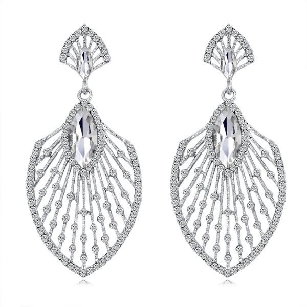 Europa e in America temperamento semplice foglia orecchini gioielli moda esagerata orecchini di diamanti vuoti per la sposa spedizione gratuita