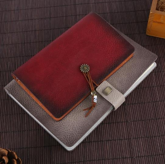 European retro embossed loose-leaf leather notebook diary A5 business meeting soft copy notebook to give gifts preferred