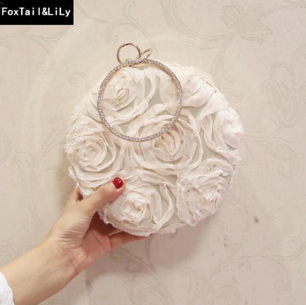 Factory brand women bag fashion three dimensional flowers wedding dress Bao Shunv Gong Tingfan lace flowers banquet round bag and chain bag