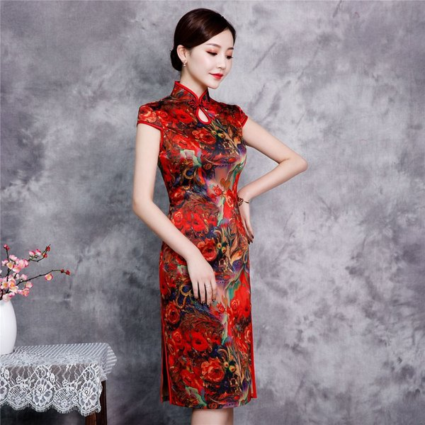 Red Plus Size XXXXL Rayon ginocchio lunghezza abito in stile cinese Vintage Ladies breve Qipao Classic Stage Show Elegante cheongsam femminile