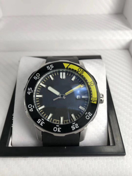 yellow bezel silver case