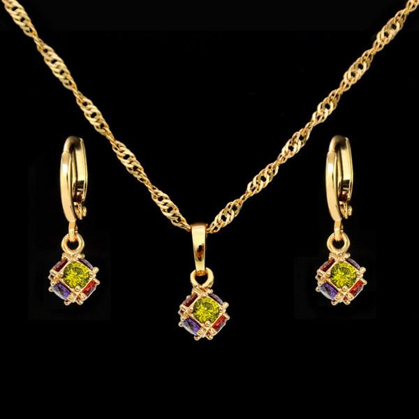 Cristal de luxe Dubaï Costume Ensemble de bijoux nuptiaux d'oreilles en or collier pendentif cadeau de mariage Joyas Brinco Ouro Bijoux S0121