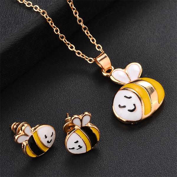 Animal Pendant Necklaces Popular Fashion Bardian Pendants Alloy Blade Chain Unicorn Bulldog Kitty Honeybee Jewelry Hot Sale 3 4jdE1