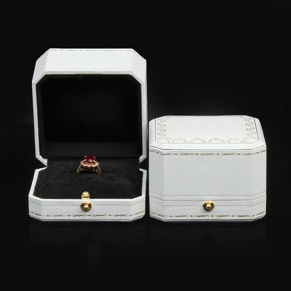 anneau blanc