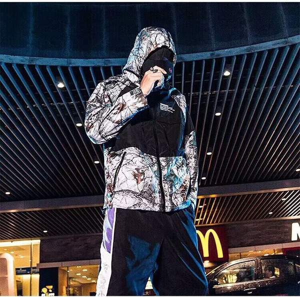 ¡Chaqueta con capucha y cremallera deportiva Windbreak! ¡Hombres y mujeres comparten el mismo dinero! Casual Joker parte superior del cuerpo de estilo guapo!