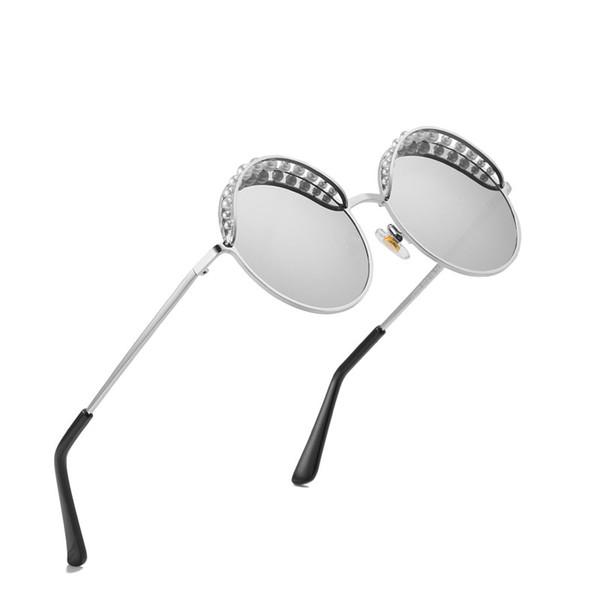 Brand designer pearl Round Sunglasses ladies charm pearl ladies fashion round sunglasses top quality UV protection and original packaging