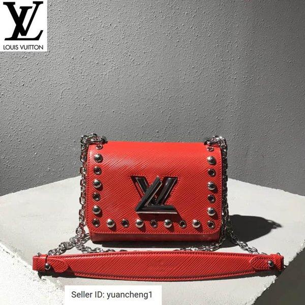 Epi Leather Rivets Decorated Twist Shoulder Messenger Bag Handbags Bags Top Handles Shoulder Bags Totes Evening Cross Body Bag