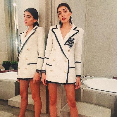 Newest Runway Designer Diamond Badge Tweed Blazers Jackets Double-breasted Long Womens Blazers Suit Collar White Coats Outerwear J1