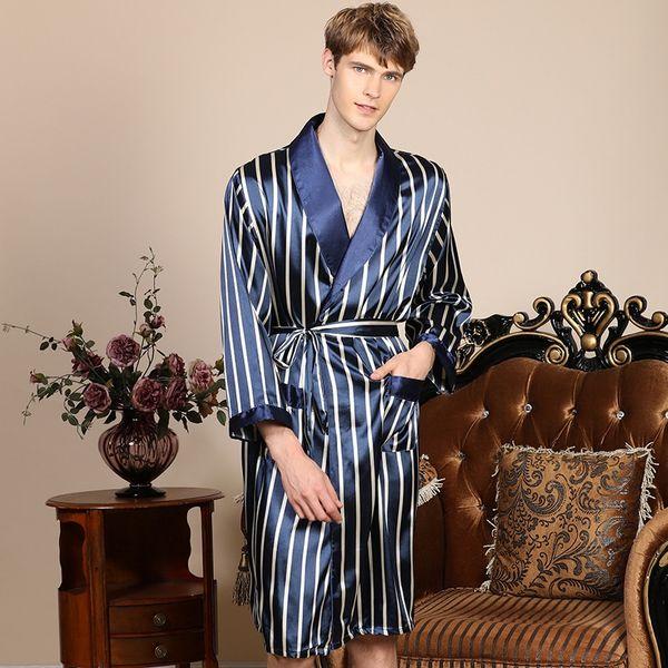 Striped Robe insieme a due pezzi