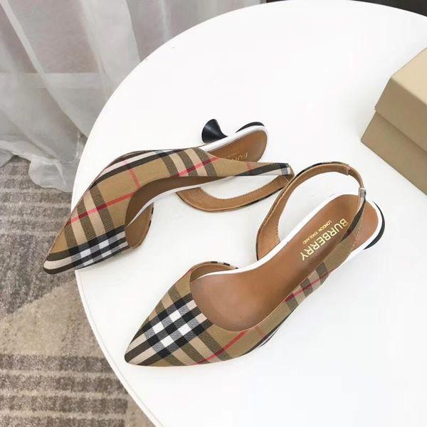 Zapatillas de marca de alta calidad para mujer Zapatillas de tacón bajo Diseñador de diapositivas Envío gratuito Zapatos casuales de toy99 BBL15503
