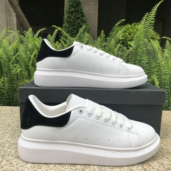 2019 Alexander McQuee Luxury Fashion Designer Uomo Donna scarpe sneakers Pelle Velluto nero Bianco Rosso Piatto casual Scarpe Platform Trainers 5-11