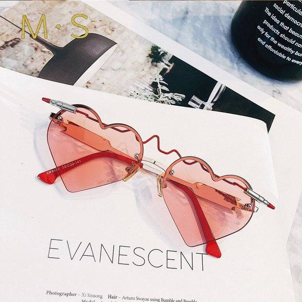 2019 Gafas Fashion Women Sunglasses Brand Designer Luxury Vintage Sun glasses Heart Eyewear Women Glasses Sale-Seller