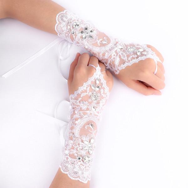 89e8db72ca0 1Pair Fashion Women Trendy Bride Wedding Dress Short Gloves Beads  Rhinestone Lace Fingerless Gloves New Arrival