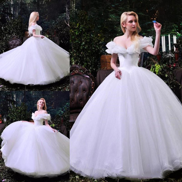 2018 Cinderela Branco Quinceanera Vestidos com Babados Fora Do Ombro Formal Vestidos de Festa para a Noiva Longo Piso Tule Doce 16 Vestidos de Baile