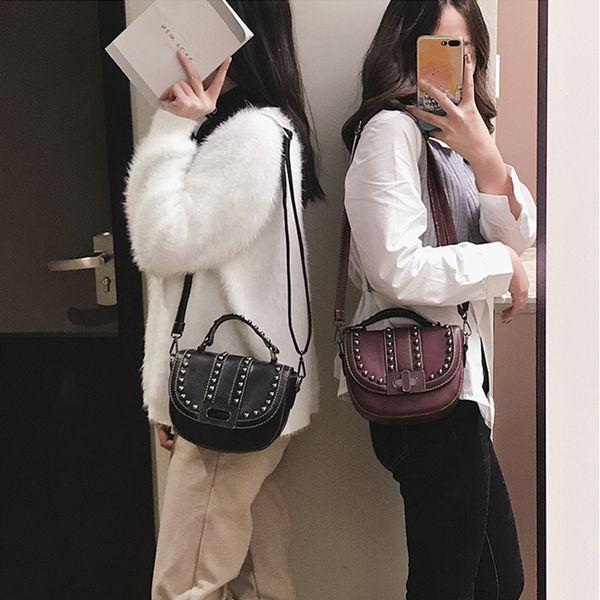 Retro Simple Flap Bags Ladies' Semicircle Saddle Bag Female Quality Leaher Bag PU Leather Handbags Rivet Crossbody Shoulder Bags