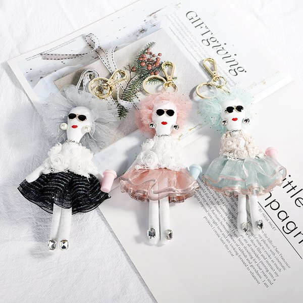 Best selling creative Handmade Series Fabric Fashion Queen Doll Pendant Female Bag Pendant Keychain handbag Keychain