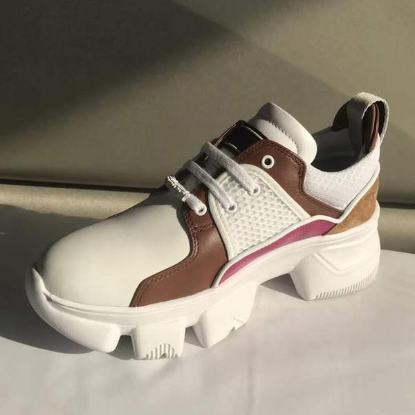 Дизайнерская обувь лучшее качество шипованные Шипы квартиры обувь для женщин блеск любителей вечеринок натуральная кожа повседневная кроссовки toy99 JFX01