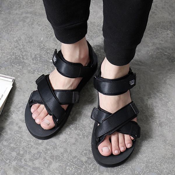 Yaz Erkek Sandalet Roma Ayakkabı Açık Plaj Rahat Çevirme Erkek Nefes Hafif kaymaz Yassı Ayakkabı Sandalias