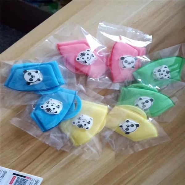 4.kids mask Random Color