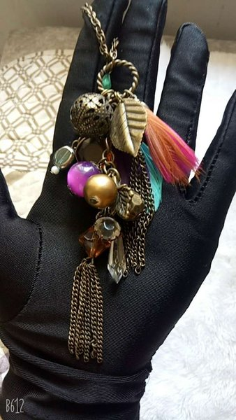 Kupferfarbene Dekoration.Großhandel Nur Eine Kupferfarbene Oma Chic Stil Halskette Frauen Multielement Gruppe Mode Lange Halskette Pullover Kette Dekoration Von Candysingsong