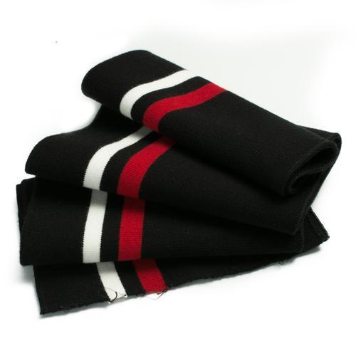 Negro blanco rojo