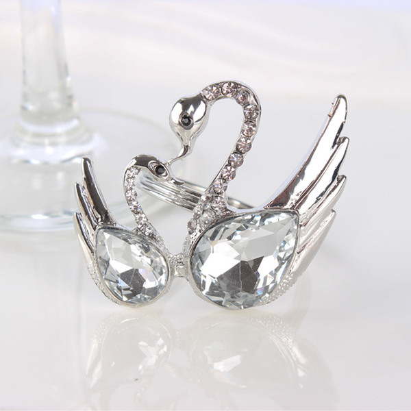 10pcs/lot Hotel Swan crystal wedding napkin ring, fine restaurants clubs, fashion decorative napkin buckle