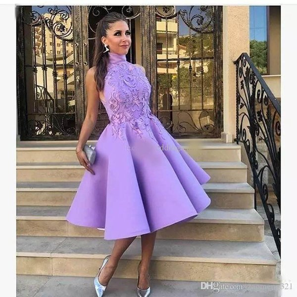 Chic High Neck light Purple Short prom Dresses Lace Party Dress Appliqued Knee Length Satin Cheap Country Short Cocktail Gowns
