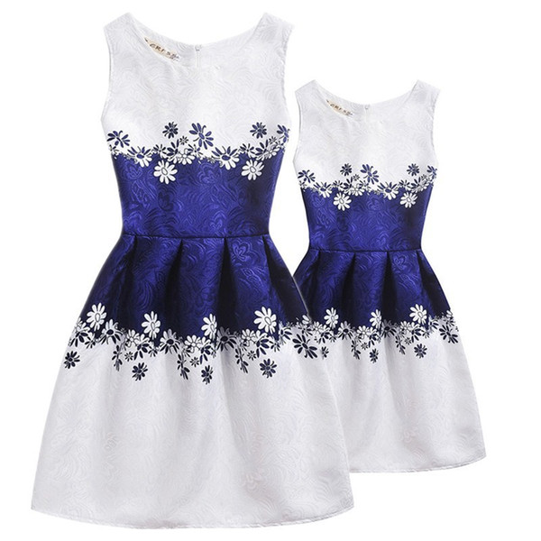 New Butterfly Print Mom And Daughter Dress Family Look Mother Daughter Dresses Family Matching Outfits Kids Girl Floral Clothes Y19051103