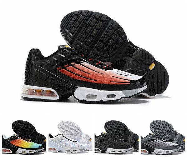 on feet images of best sell arriving Acheter 2019 Nike Air Max TN Plus III 3 Hommes Femmes Desiger TUNED  Chaussures De Course Classique Athlétique Noir Blanc Sport Baskets De Sport  Requin ...