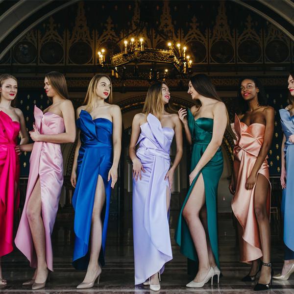 2019 vestidos de dama de honor coloridos sin tirantes sin mangas de satén vestidos de noche de alta división sexy hasta el tobillo boda vestido de las niñas jóvenes para la boda