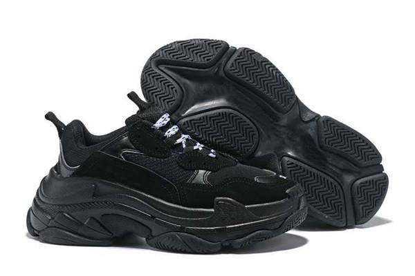 Triple-S Mode Paris 17FW Triple S Sneaker Casual Papa Designer Chaussures pour Hommes Femmes Beige Noir Baskets Zapatillas 3tyrf