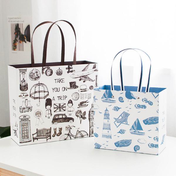 Creative Paper Gifts Bag Bolsas de papel portátiles Ropa de papel retro Remaches Decoración de Navidad Bolsas de regalo para el hogar CT0301