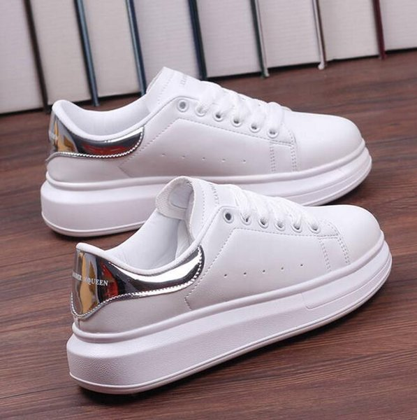 top popular Autumn thick white shoes women's shoes women 2019 new Korean students sports wild breathable white shoes women mm 2019