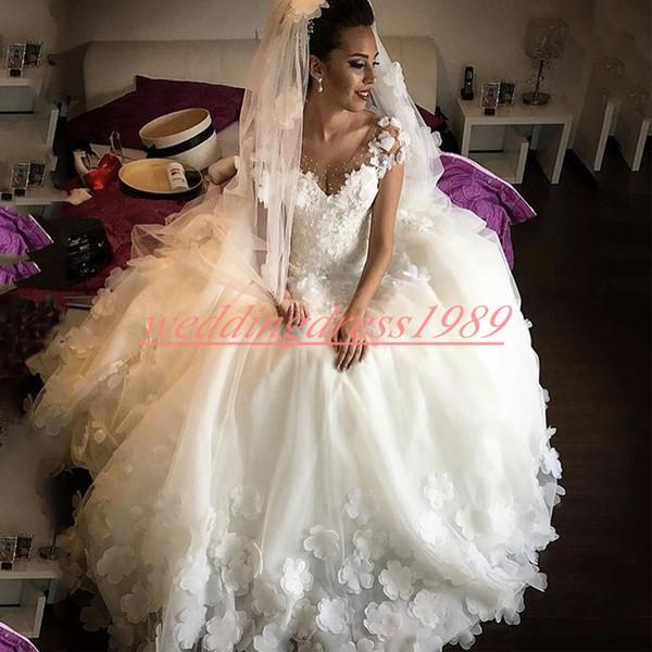 Glamorous Lace Sheer Robes De Mariée Arabe 2019 Dit Mhamad Floral À La Main Floral Fleur Robe De Mariée Robe De Mariée Pays Robes De Bal De Mariée