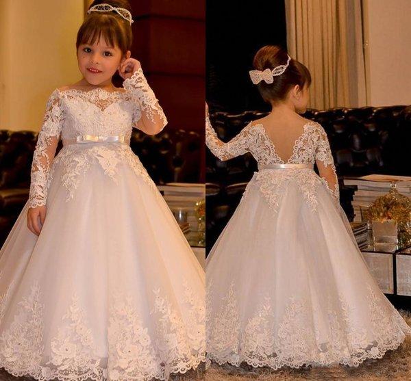 Yeni Varış Uzun Kollu Ile Güzel Beyaz Dantel Çiçek Kız Elbiseler Çocuklar parti Törenlerinde Bateau Boyun Yay Kemer Boncuklu Resmi giymek