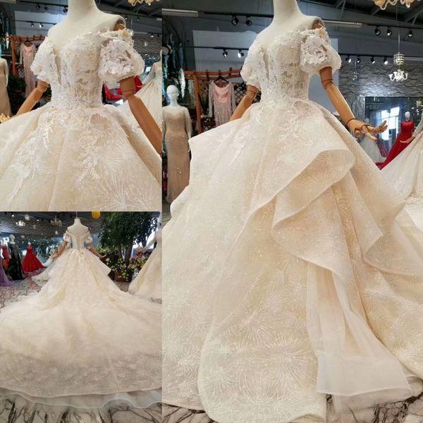 2019 Luxury Arabic Ball Gown Wedding Dress Off Shoulder Short Sleeve Lace Applique Corset Cathedral Train Berta Bridal Gowns Turkey Custom