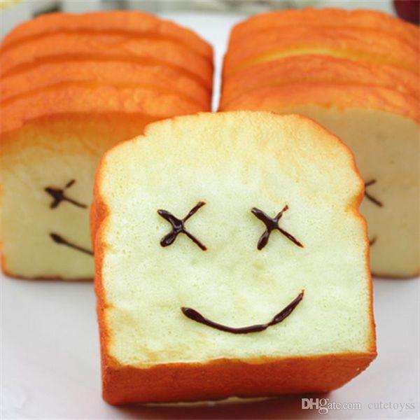 İyi Kawaii jumbo squishies Tost Ekmeği Squishy Süper Yavaş Yükselen Telefonu Sapanlar tutucu Kokusu Yumuşak Bun Charms Gıda Koleksiyon Oyuncaklar T344