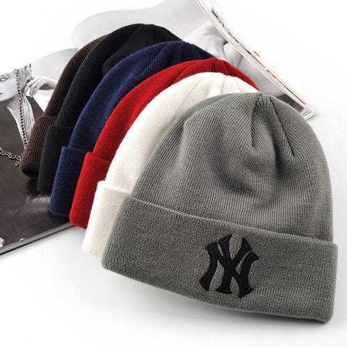 Cappello di vendita calda delle coppie Cappelli della maschera di inverno degli sport della molla di modo dei berretti casuali dei cappelli di Hip Hop casuali lavorati a maglia di Skullies di marca Trasporto libero