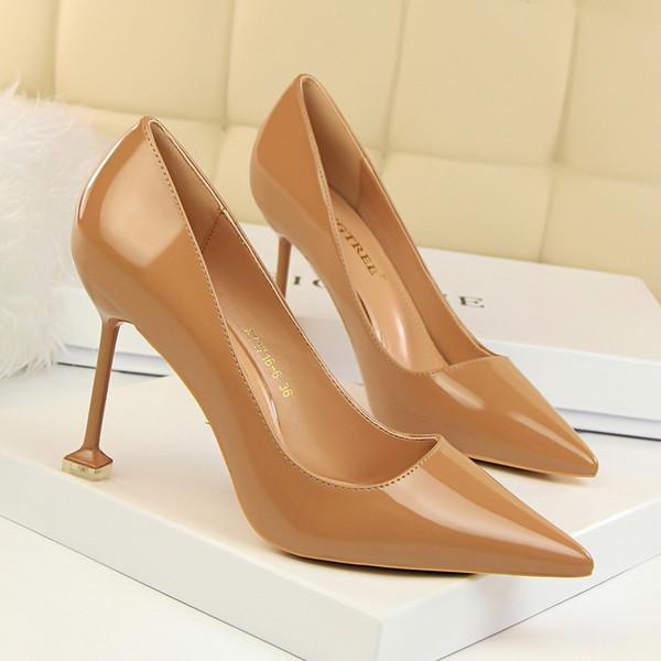 daf843f762 Vestido Primavera Outono Mulheres Sapatos Apontou Toe Bombas 9.5 cm Salto  Fino Vestido De Noiva Sexy