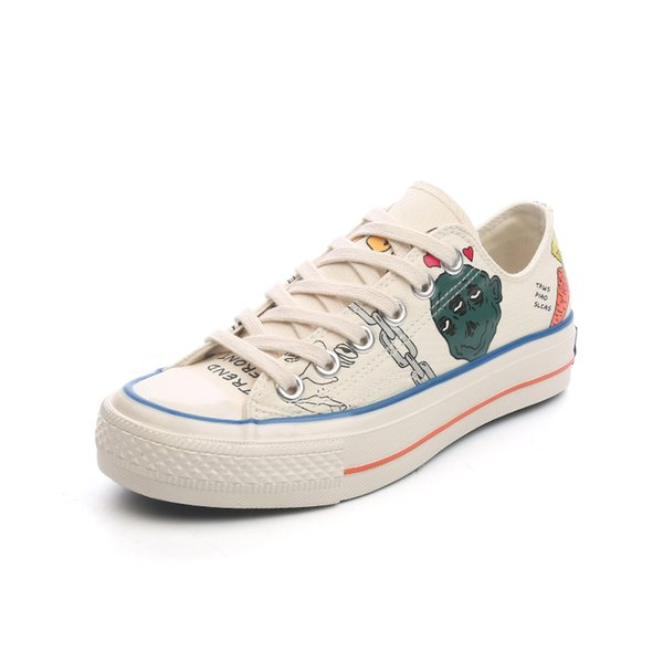 Shoes women 2019 new summer cross straps hand-painted cartoon canvas shoes low to help comfortable women